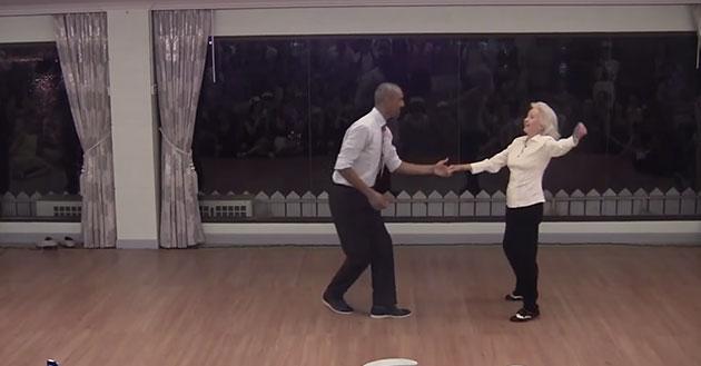gammel mand danser